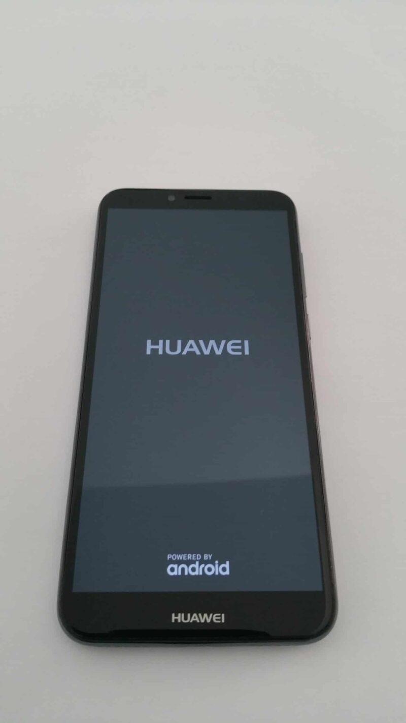 Smartphone HUAWEI Y6 2018 – Usado